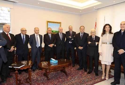 نقابة المحامين في بيروت تحتفل بالأعياد-2
