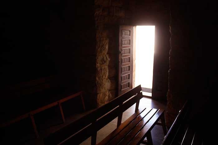 كنيسة سيدة البشارة العجائبية _ بعبدا-14